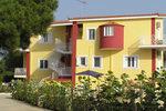 BEST WESTERN IRIDA RESORT, Hotel z umeblowanymi apartamentami, Kalo Nero, Messinia